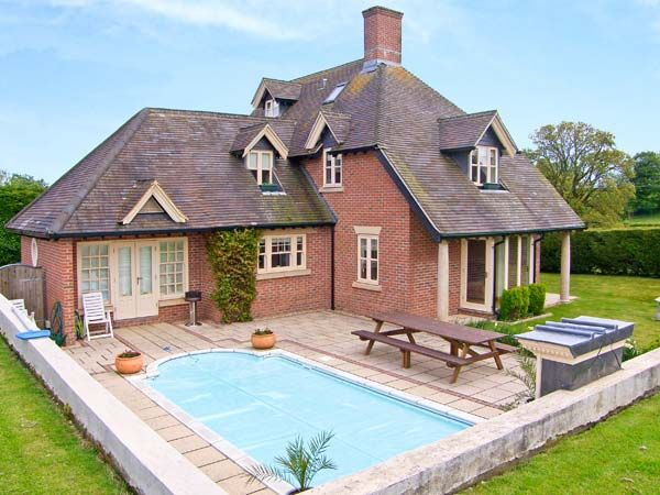 Ashley house piddletrenthide dorset and somerset self catering holiday cottage for Holiday homes in somerset with swimming pool